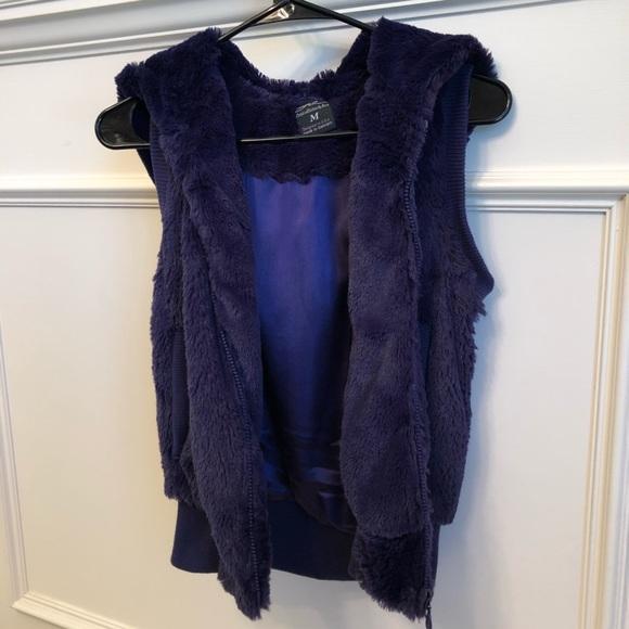 Jackets & Blazers - Deep purple faux fur vest with hood